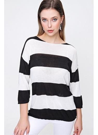 Butikburuç Kadın Siyah Beyaz Kalın Çizgili Triko Bluz Siyah